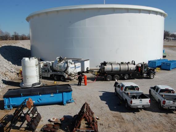 Limpeza de Tanque Industrial