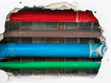 Manutenção: A importância do desentupimento de colunas coletoras em prédios